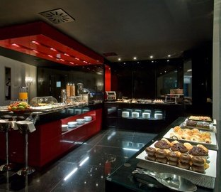 Buffet breakfast VINCCI VÍA 66  Madrid